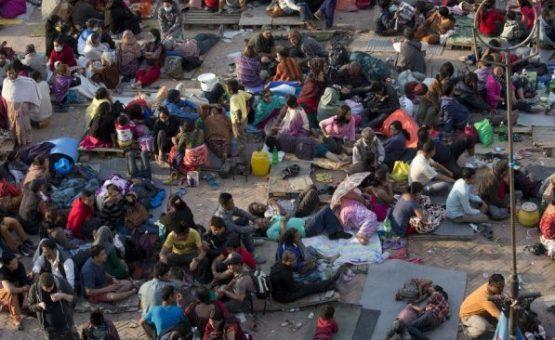 Número de mortes em terremoto no Nepal passa dos 4.000