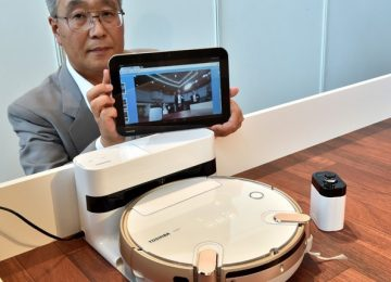 Aspirador de pó filma ambientes e transmite imagens para smartphone