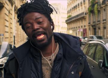 """Cantor surinamês,  Kenny B, faz sucesso com a nova musica """"Um homem não deve chorar"""""""