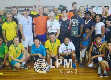 Equipe do Suriname venceu o torneio de voleibol entre embaixadas ( Veja as Fotos )