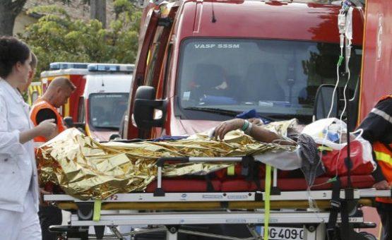 Grave acidente de ônibus deixa pelo menos 42 mortos na França