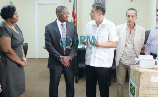 Governo brasileiro faz doação de 900.000 preservativos masculinos para o Suriname ( Veja as fotos )
