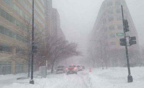 Tempestade de neve mata pelo menos 29 pessoas na Costa Leste dos Estados Unidos