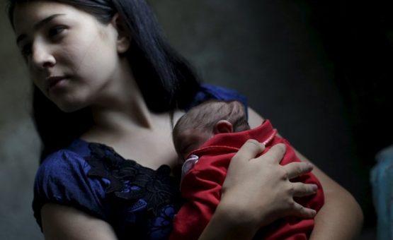 Microcefalia faz aumentar caso de mães abandonadas por companheiros