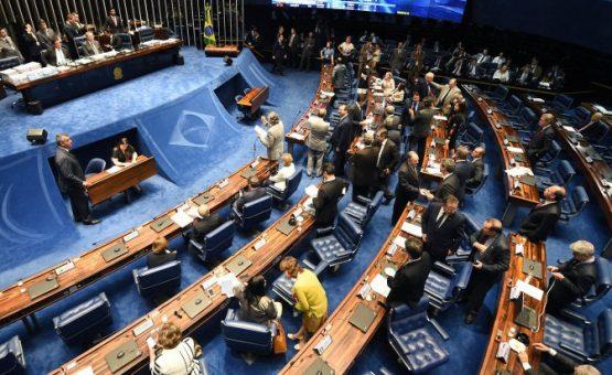 Ministros dizem no Senado que não há razão para impeachment