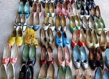 Homem é preso após roubar 160 pares de sapatos femininos porque gostava de cheirá-los