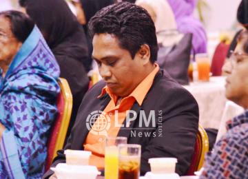 Ministro do Interior participa de ritual do Ramadã em Paramaribo (Fotos e Vídeo)