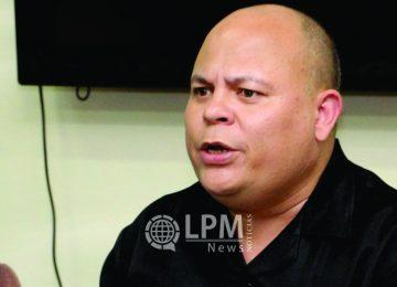 Ministro Robert Peneux deixa o ministério da Educação, Ciência e Cultura do Suriname