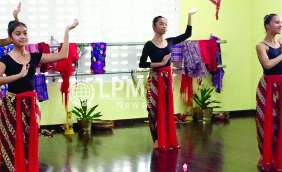 """Alunos da escola """"BalletschoolMarlène"""" realizam apresentação cultural em Paramaribo (Fotos)"""