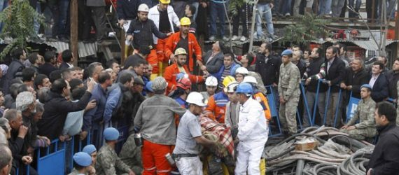 Explosão mata 21 em mina na China; equipe tenta resgatar único sobrevivente