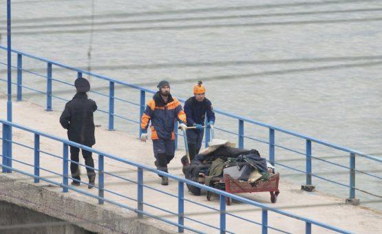 Rússia continua buscas por avião militar que caiu no Mar Negro