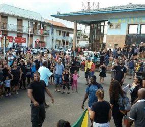 Segundo dia de negociações na Guiana Francesa não agradou aos manifestantes