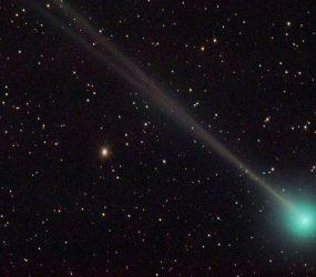 Cometa passará perto da Terra em 1º de abril — e não é mentira