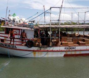 Barco que saiu do Suriname foi apreendido com mercadoria contrabandeada no Ceará