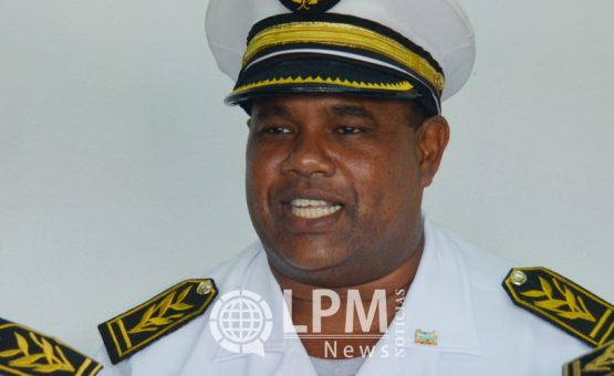 Comissário de Paramaribo Norte proíbe manifestação na Praça da Independência