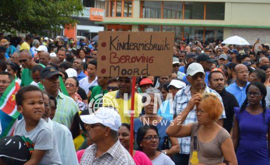 Sindicatos do Suriname exigem reversão do preço dos combustíveis para depois dialogar com o governo