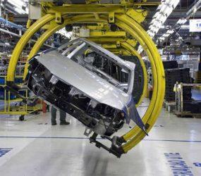 R$ 600 milhões para nada? Mercedes pode fechar fábrica em SP
