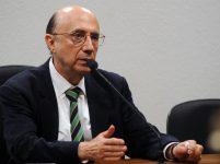 Previdência seria aprovada mesmo sem Temer, diz Meirelles