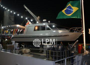 Brasil faz doação de lancha militar para a Marinha do Suriname (Veja as fotos)