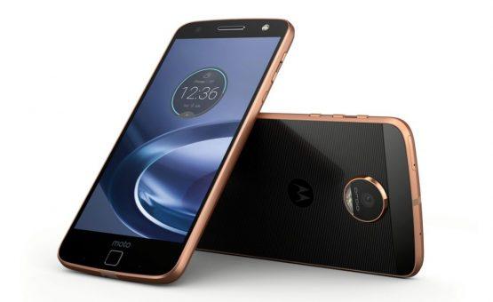 Motorola lança smartphone de R$ 949 com maior bateria do mercado
