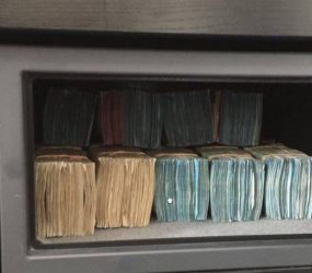 Dois brasileiros foram presos no aeroporto da Holanda com mais de 350.000 Euros