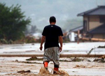 Equipes de resgate do Japão buscam vítimas de chuvas que já deixaram 11 mortos