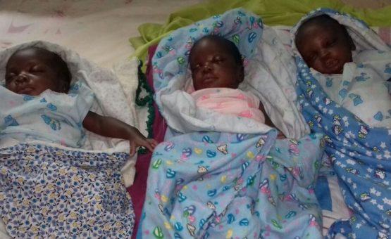 Trigêmeos que nasceram no Hospital Acadêmico de Paramaribo precisam de ajuda