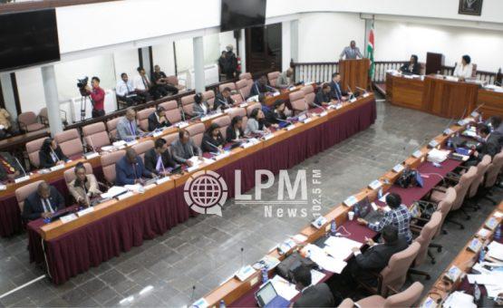 Acordo intensifica patrulhamento na fronteira da Guiana Francesa com o Suriname