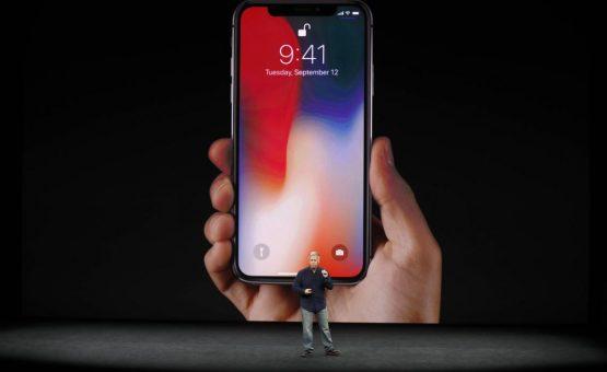Apple lança iPhone X com preço a partir de 999 dólares
