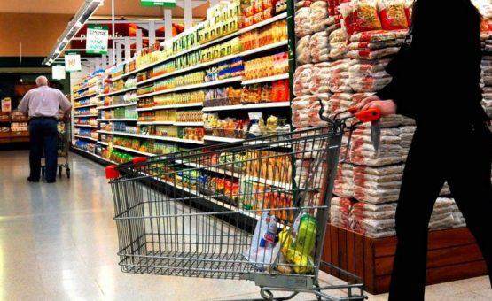 Importadores explicam porque está faltando cebola e batata nos supermercados do Suriname