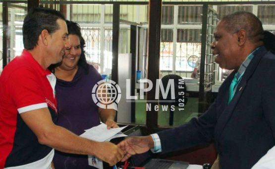 """Haitianos foram a maioria entre os estrangeiros beneficiados pelo projeto """"Illegalen 5"""""""