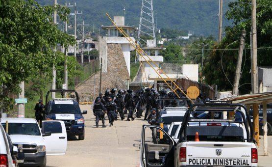 Detentos morrem em rebelião em prisão no México