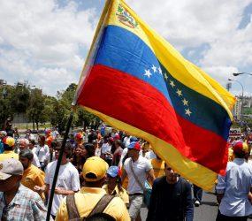 Fronteira da Venezuela com o Brasil completa 30 dias fechada