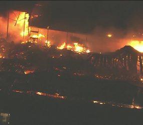 Estúdios da TV Globo são destruídos por incêndio