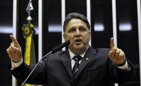 Denúncia do MP-RJ diz que grupo de Garotinho era como 'organização criminosa' e até usava armas de fogo para obter vantagens