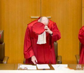 Justiça alemã aprova registro de pessoas do terceiro gênero