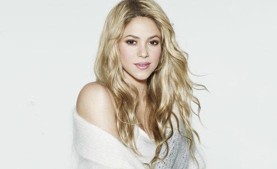 Shakira adia turnê europeia para 2018 por hemorragia nas cordas vocais