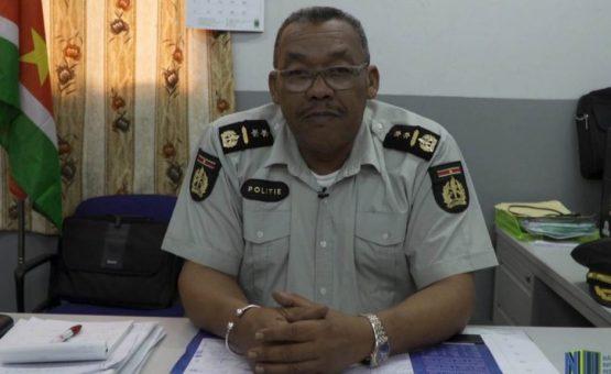 Lei que determina certificado obrigatório para motociclistas foi estabelecida no Suriname