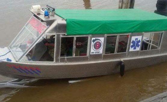 Distrito de Sipaliwini agora conta com serviço de barco-ambulância