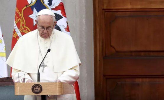 'Dor' e 'vergonha', diz papa Francisco sobre abusos sexuais da Igreja no Chile