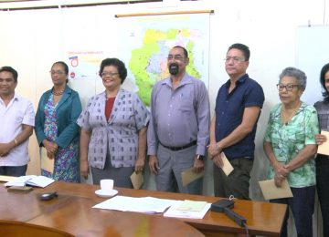 Ministro Mike Noersalim nomeou Conselho Fiscal do Fundo de Pensões do Suriname
