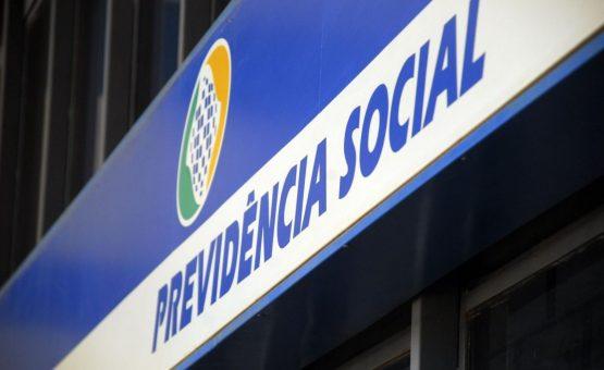INSS concederá automaticamente aposentadoria por tempo de contribuição