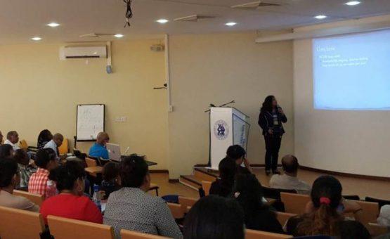 Universidade Anton de Kom organiza palestra sobre hanseníase