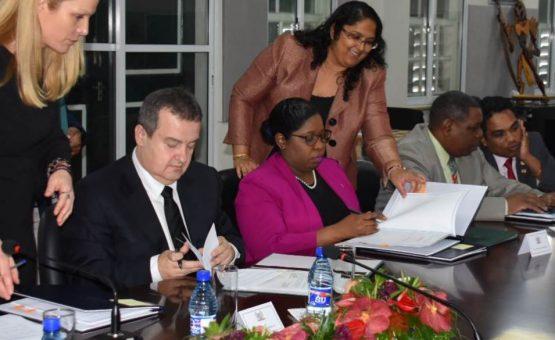 Ministro das Relações Exteriores da República da Sérvia visitou o Suriname