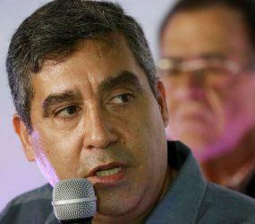 Venezuela prende ex-ministro dissidente Miguel Rodríguez