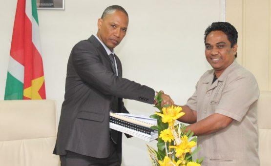 Ministério da Justiça e Polícia do Suriname tem novo ministro