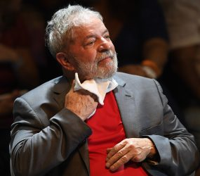 A expectativa pela prisão de Lula minuto a minuto