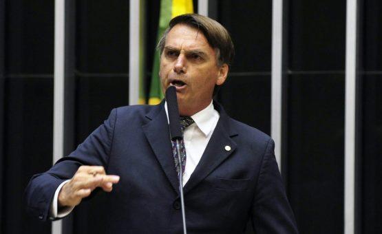 Bolsonaro: 'Infelizmente, Cuba não aceitou' condições para Mais Médicos