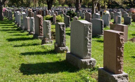 Cidade alemã faz sorteio para vagas em cemitério