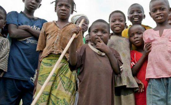 Rede de tráfico humano enviou pelo menos 300 africanos para serem mendigos na França
